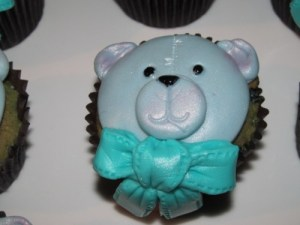 Blueberry Teddy Cupcakes