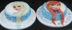 Elsa and Anna twin Cakes