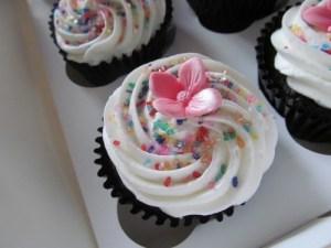 Hydrangea glitter cuopcake
