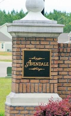 Avendale Entrance Sign