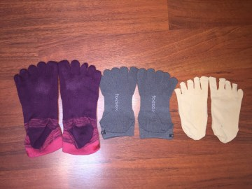I tested different toe socks, and I didn't like them. So on the Camino, I brought with me three pairs of Merino wool socks instead.