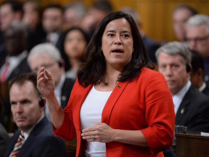 Jody Wilson-Raybould tells constituents she's sticking with the Liberals for 2019 vote