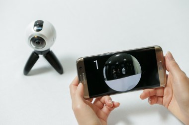 go-hands-on-with-the-gear360-and-see-how-it-change-how-we-capture-our-memories_24878549460_o