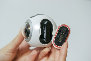go-hands-on-with-the-gear360-and-see-how-it-change-how-we-capture-our-memories_25080924241_o