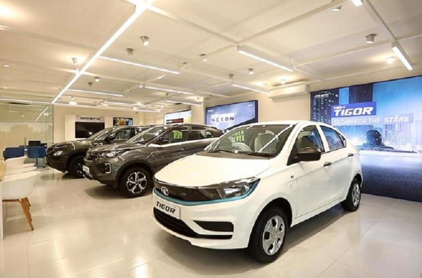 Tata Motors to raise $1 bn from TPG, ADQ for EV business