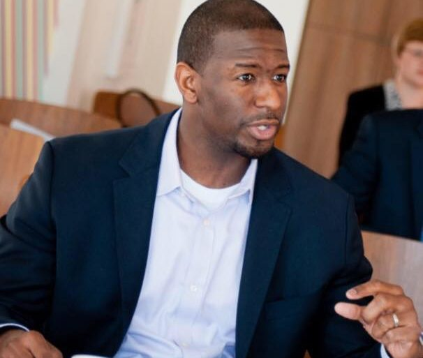 Andrew Gillum campaign raises $336,000 in March, says it reflects building momentum