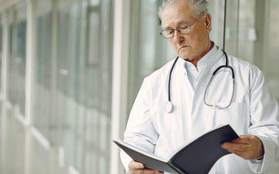 State, pharmacies battle over doctors in opioid case