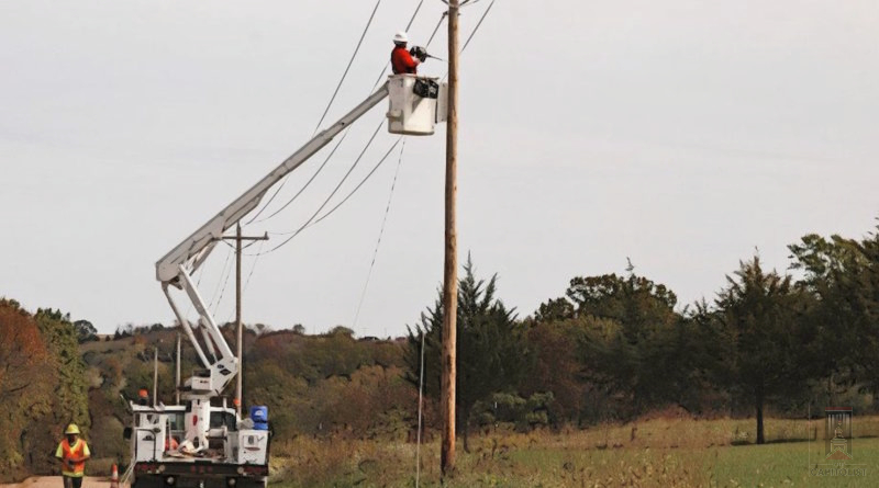Rural broadband bill gets extra attention from AT&T; recent FCC complaint may explain why