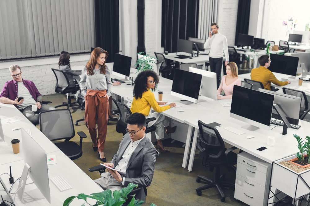 Tech's Long Hours Are Discriminatory and Counterproductive
