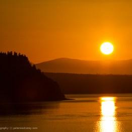 Sunrise over the Cascade Mountains, Washington, USA