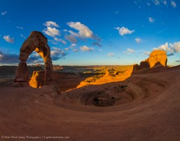 Sunrise at Delicate Arch, Arches National Park, Utah, USA