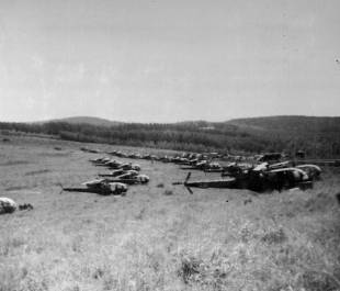 31. Choppers ready for raid into Mozambique