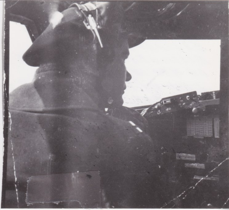 5.55 Ray Brim inside plane pilot view B17 flying