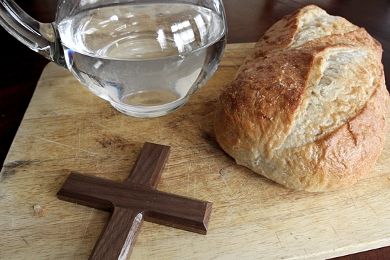 Bread and water symbolize a traditional form of fasting, but those who fast say abstinence from electronics, social media or other entertainment is also spiritually rewarding. Dave Hrbacek/The Catholic Spirit.