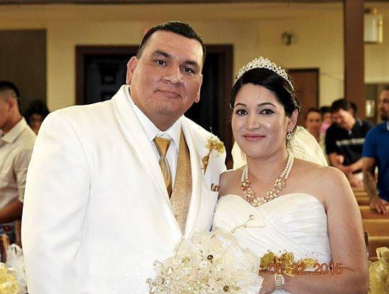 Victor Torres Limon Lucia Torres Ramirez pose for photos after their wedding ceremony at St. Joseph Church in Waite Park Aug. 22. Edith Hernandez-Fussy/For The Visitor