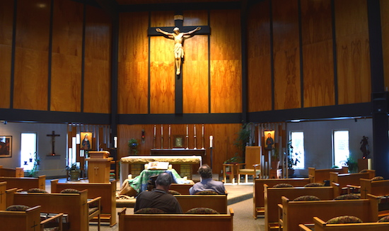Retreatants pray in the quiet ambience of the chapel at Franciscan Retreats and Spirituality Center in Prior Lake. Bob Zyskowski/The Catholic Spirit