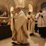 Archbishop: Eucharist should compel Catholics to imitate Jesus, serve others
