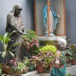 Indians shed tears, share stories as Kolkata honors Mother Teresa