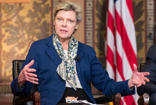 ABC and NPR Journalist Cokie Roberts Dead at 75 from Breast Cancer