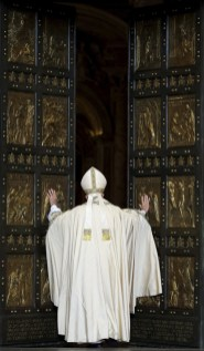 20151208T0638 248 CNS POPE MERCY DOOR 1 - Holy Year is a reminder to put mercy before judgment, pope says
