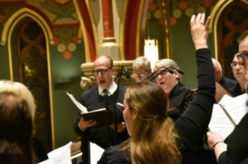 choir leader - Concert glories in 'the magic of Christmas music'