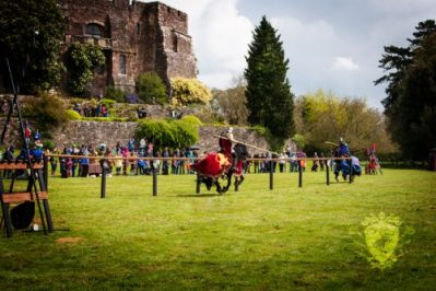 Berkeley Castle Medieval Jousting Show 2017 - Red Knight against Blue Knight Jousting