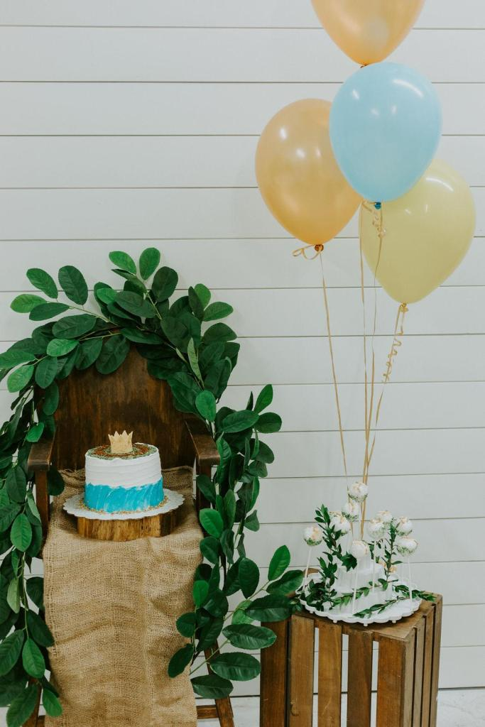 Grace Lyn Photography; RELAX and Eat Cake