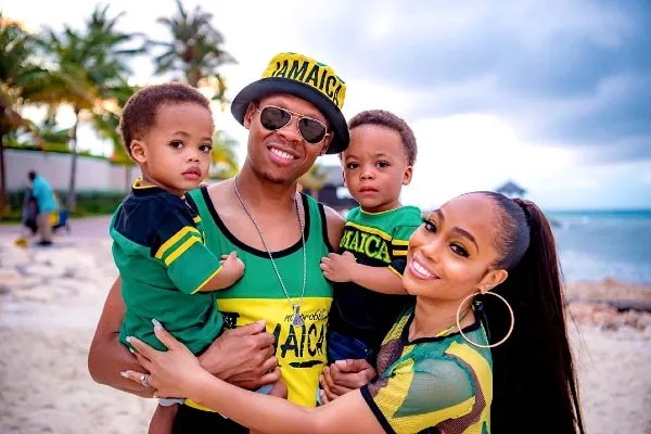 Shamari Fear and her husband Ronnie DeVoe with two children Ronald and Roman