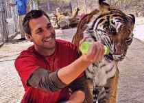 Award winning animal Trainer Brandon McMillan