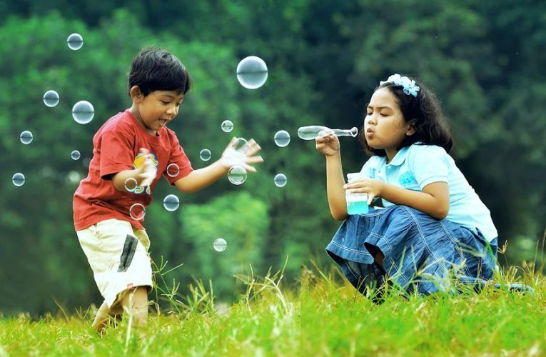 10 Frugal and fun things to do with kids this summer