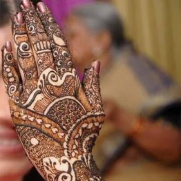 karva-chauth-mehndi-designs-14