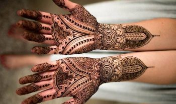 20 Beautiful Karva Chauth Mehndi Designs For Moms
