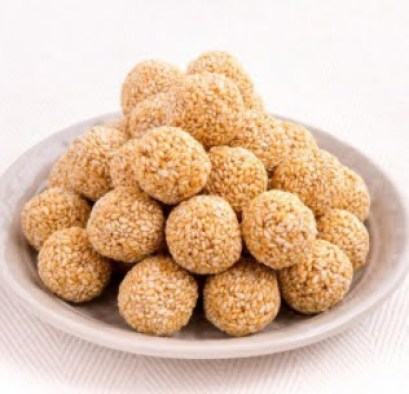 Lohri Food Recipes - Oats - sesame ladoo