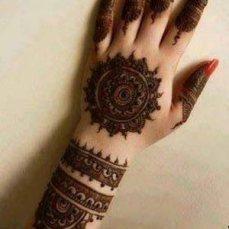 Mehndi designs for karwa chauth 12