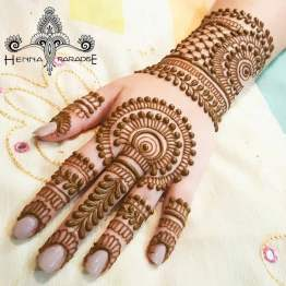 Mehndi designs for karwa chauth 14