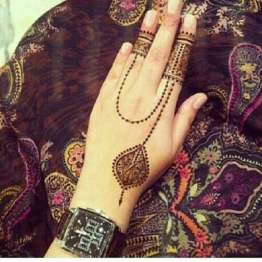 Mehndi designs for karwa chauth 16