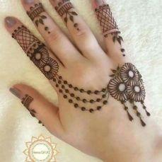 Mehndi designs for karwa chauth 20