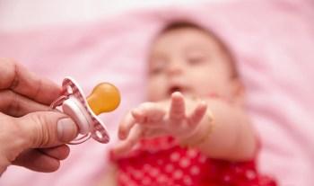 8 Common reasons why babies wake up at night