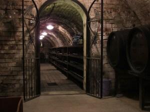 Mutenice_wine_cellar_4841