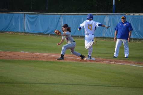 Oxford Baseball Advances to North Half
