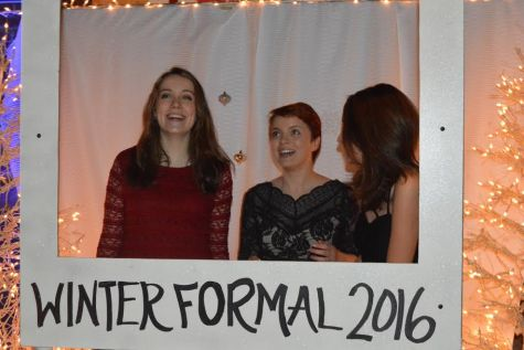 Winter Formal dance takes place despite threat of snow, ice
