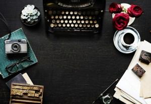 Retro Writer's Typewriter Machine Old Style
