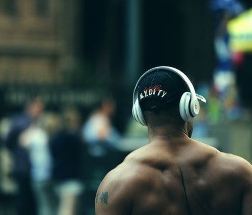 3 Exceptional Podcasts for Artists