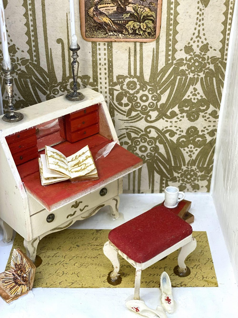 Versailles Book Nook