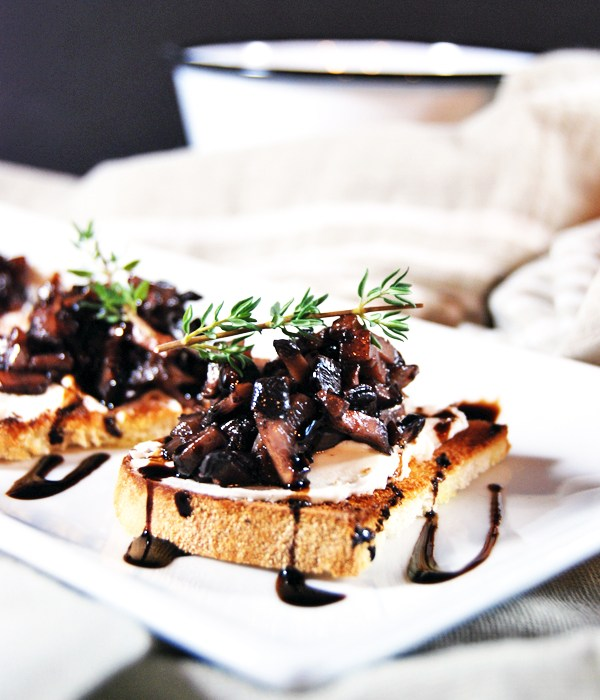 Mushroom Duxelle Crostini with Goat Cheese and Balsamic Reduction | The Charming Detroiter