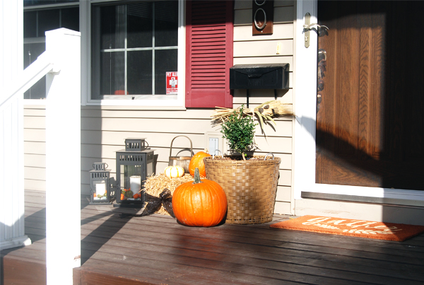Our Home: A Front Porch for the Fall | The Charming Detroiter