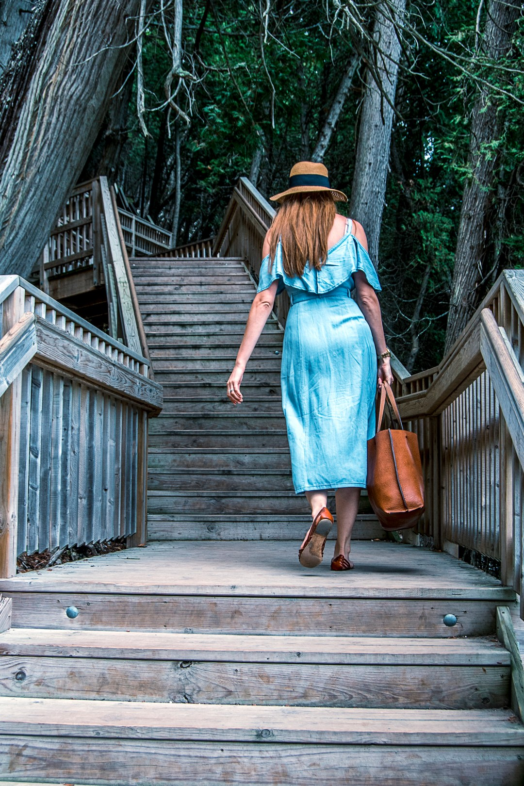 My favorite summer chambray sundress is the star in this outfit on Mackinac Island! Paired with sandals and a straw hat, it's a perfect late summer outfit!