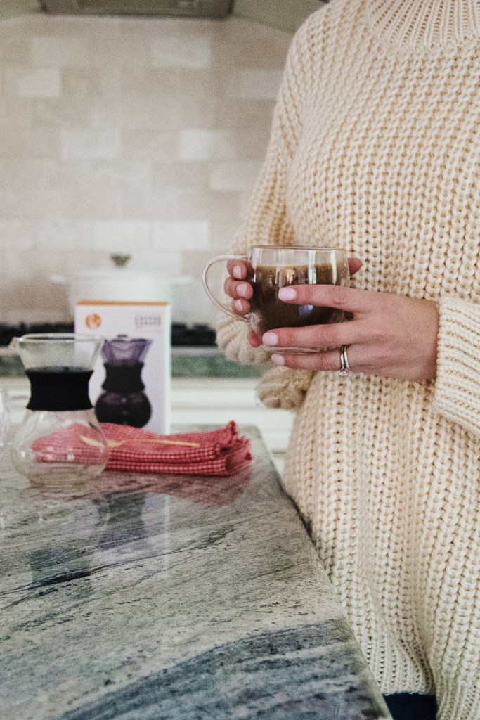 Looking for the perfect gift for your constantly caffeinated friend or family member? Today on the blog I've curated the best gifts for tea lovers and coffee connoisseurs!