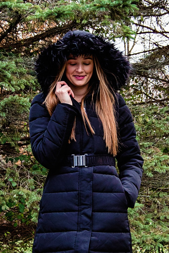 Brrrr it's cold out there! This winter puffer coat is THE jacket you need to keep toasty warm this season, and it just so happens to be super stylish too!