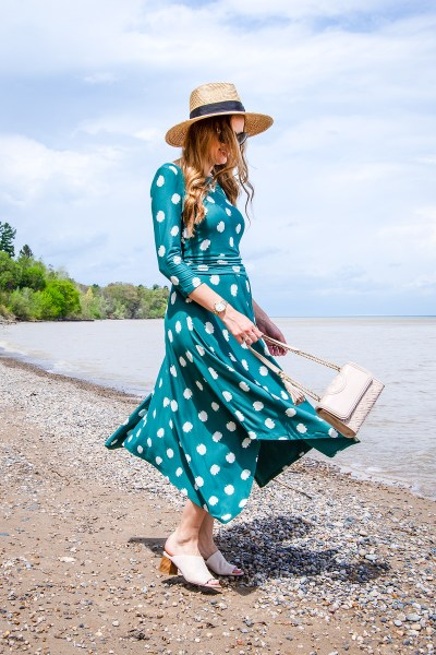 This polka dot white and green jersey dress from Boden is the perfect summer jersey dress, with 3/4 length sleeves and beautiful bright colors!